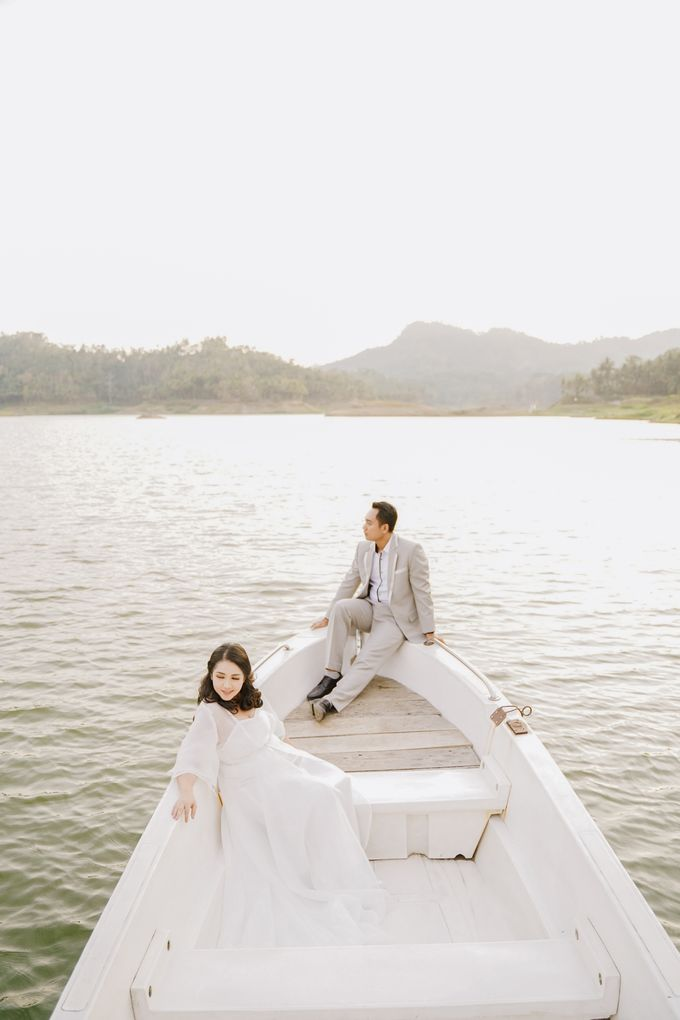 PREWEDDING OF DIMAS & SHEILA by Alluvio - 036