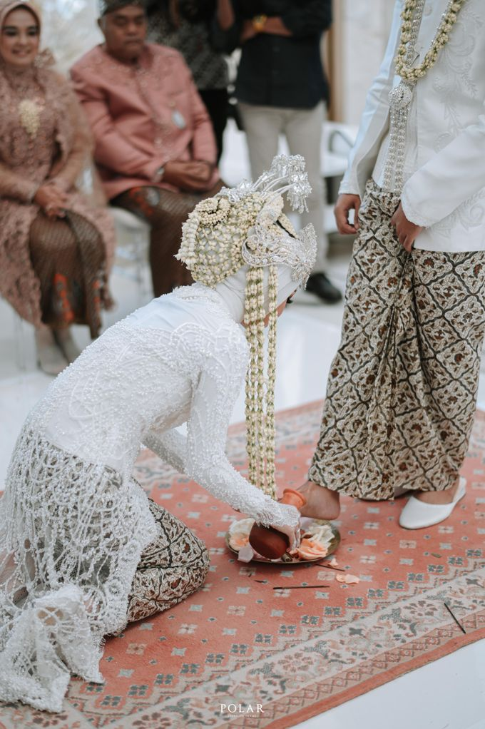Adit & Citias Akad Decoration by Valentine Wedding Decoration - 009