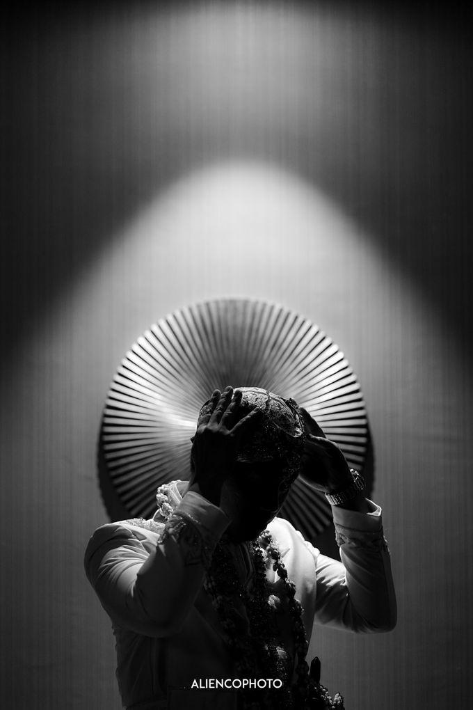 GEDUNG ANTAM WEDDING OF WINNIE & ANAS by alienco photography - 040