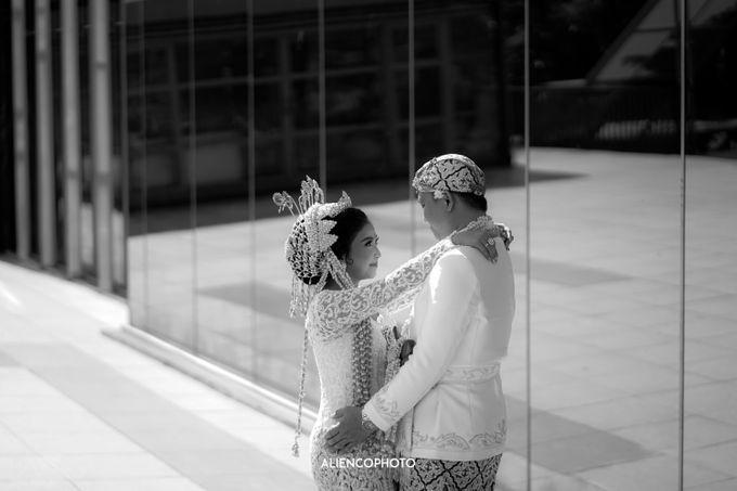 GEDUNG ANTAM WEDDING OF WINNIE & ANAS by alienco photography - 041