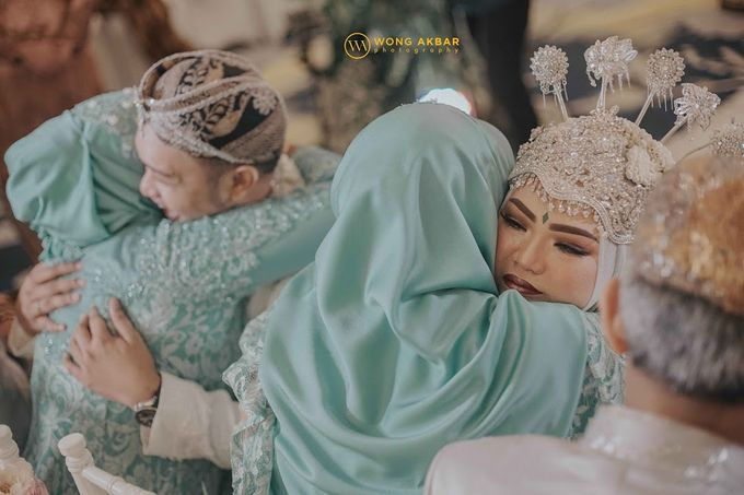The Sacred moment of Nadia & Didit Akad by Wong Akbar Photography - 006