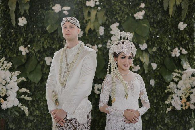 Allosia & Ole Wedding by DIY Planner - 005