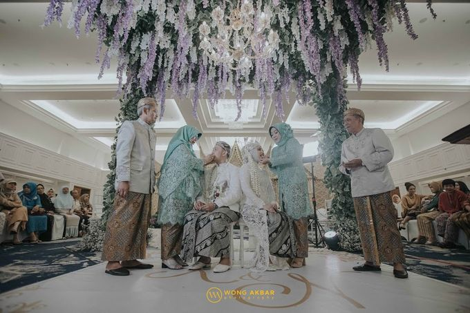 The Sacred moment of Nadia & Didit Akad by Wong Akbar Photography - 007