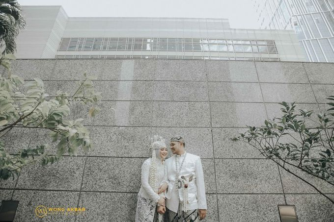 The Sacred moment of Nadia & Didit Akad by Wong Akbar Photography - 011
