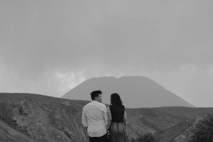 Evi & Yosua Prewedding by Koncomoto - 016
