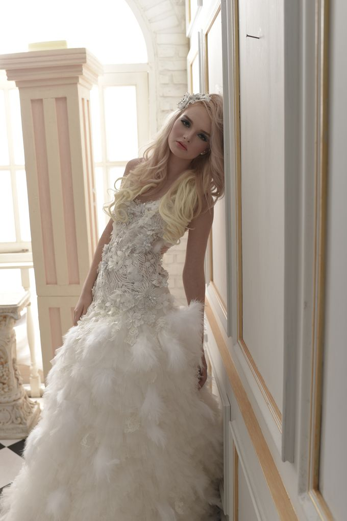 Parisian Fairy by Gazelle Brides - 021