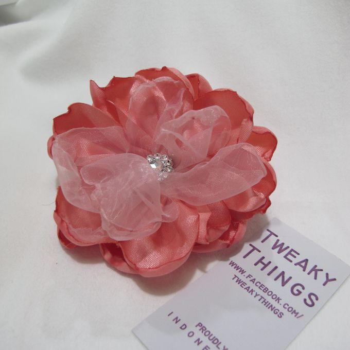Flower brooch and hairclip by TweakyThings - 006