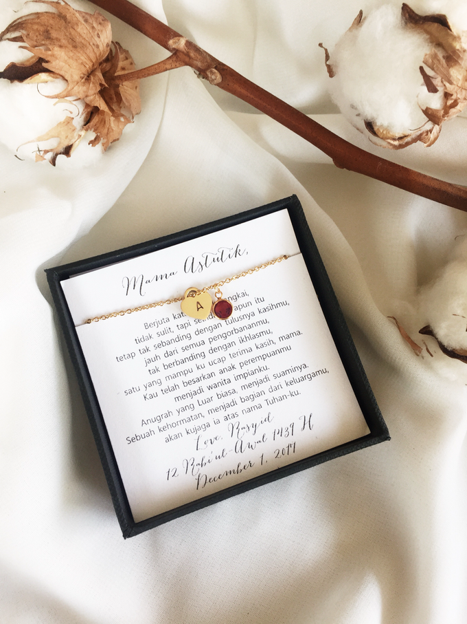 Ellen - Mother in Law Wedding Gifts by AEROCULATA | Bridestory.com