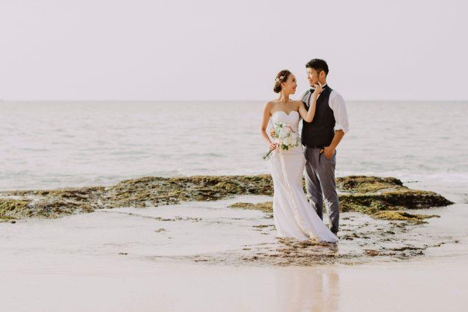 Hiro & Ai Pre-Wedding Session In Tegal Wangi Beach by Satrya Photography - 002