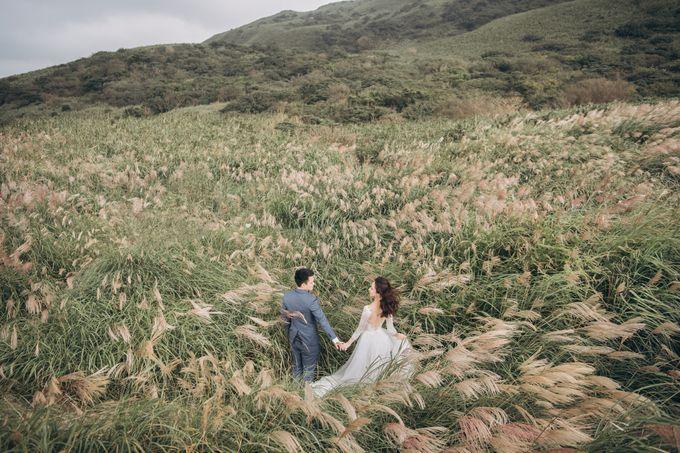 Oscar & Lidya Prewedding at Bromo by GoFotoVideo - 009