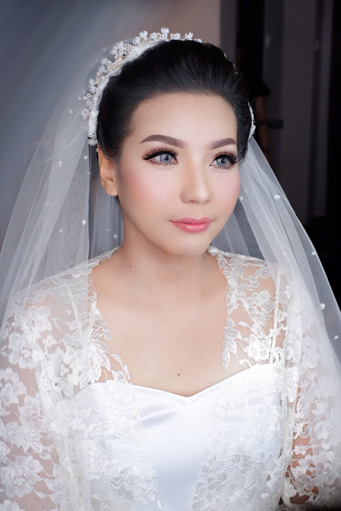 Bride Mrs. mei by Agnes Yosi Make Up Artist - 003