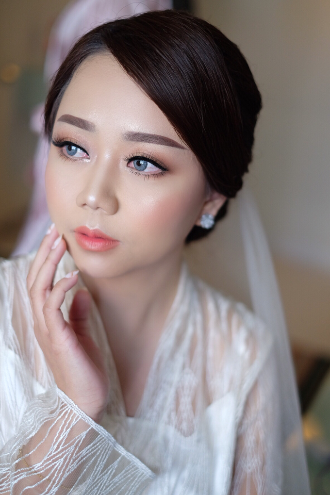 bride to be Mrs. stella by Agnes Yosi Make Up Artist - 003