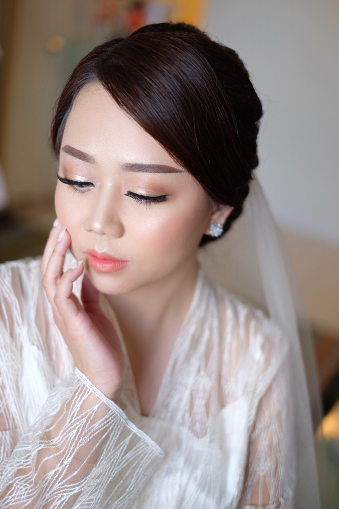 bride to be Mrs. stella by Agnes Yosi Make Up Artist - 002