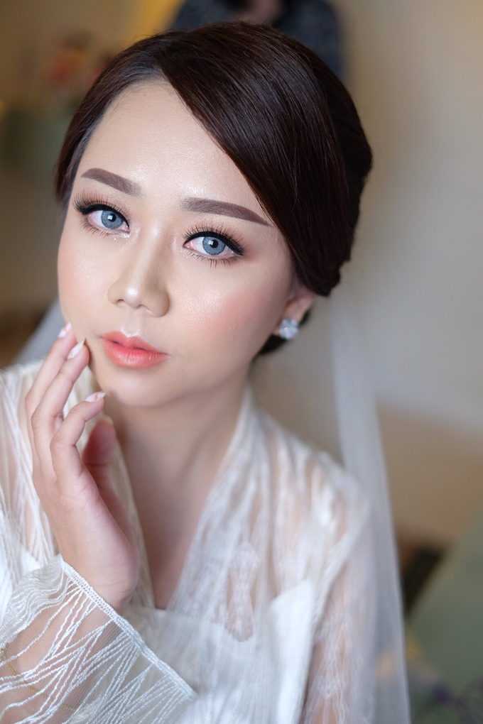 bride to be Mrs. stella by Agnes Yosi Make Up Artist - 001