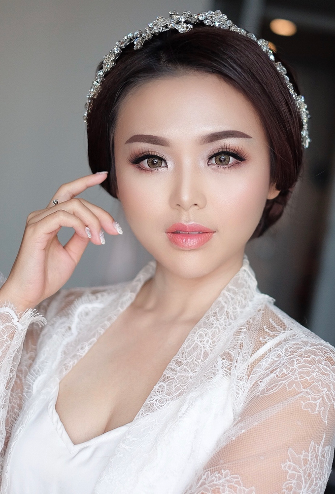 Bride to be Mrs juliany by Agnes Yosi Make Up Artist - 001