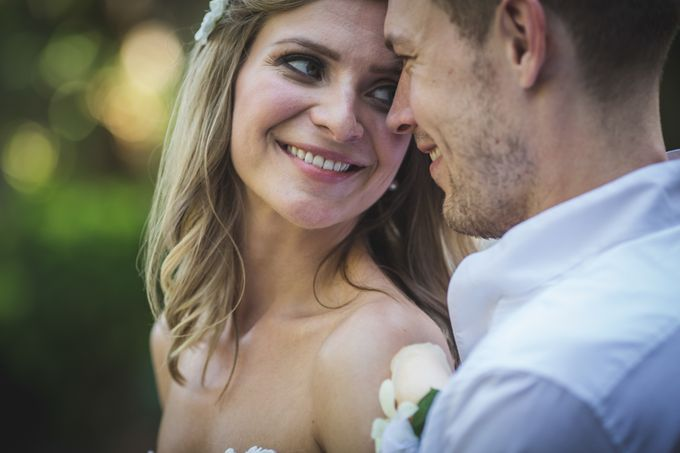 Agota & Balazs Wedding Day by Ferry Tjoe Photography - 045