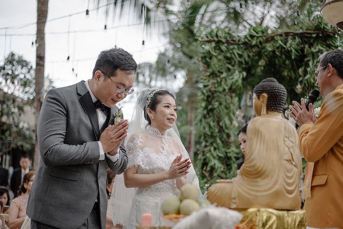 Bali Destination Wedding by Mariyasa - 010