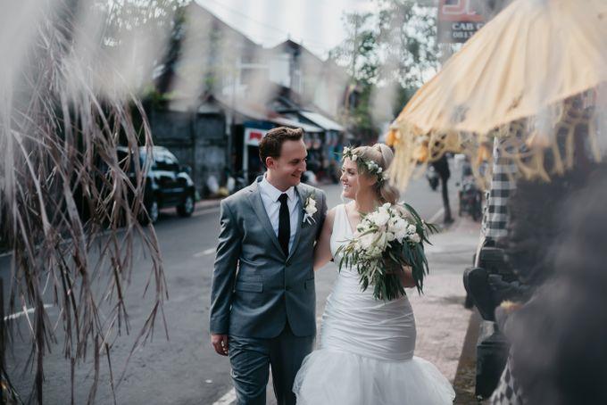 Amed Bali Destination Wedding by Mariyasa - 004