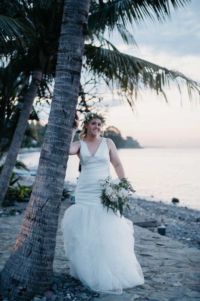 Amed Bali Destination Wedding by Mariyasa - 003