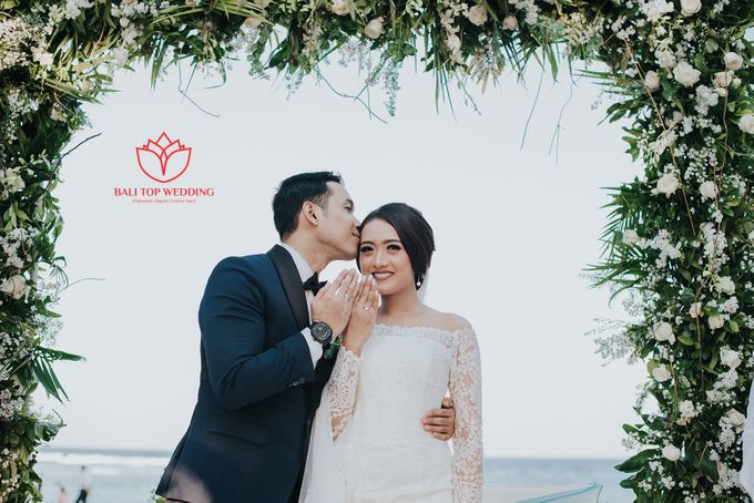 No Body But You by Bali Top Wedding - 004