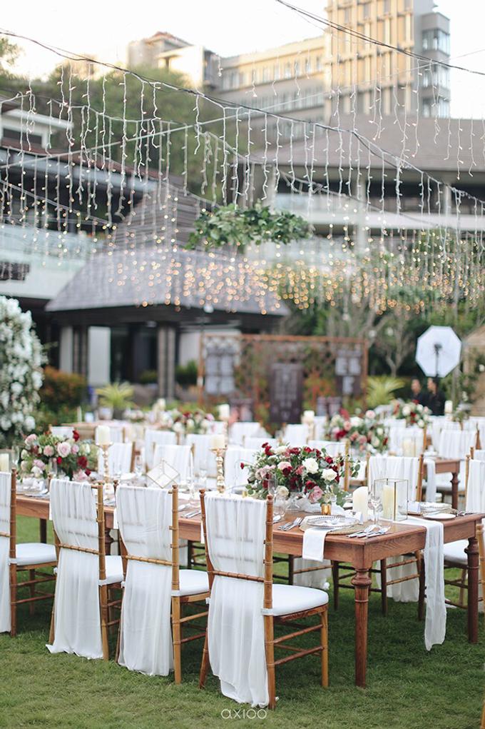 Bold burgundy by AiLuoSi Wedding & Event Design Studio - 007