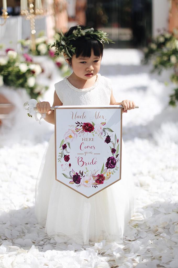 Bold burgundy by AiLuoSi Wedding & Event Design Studio - 012