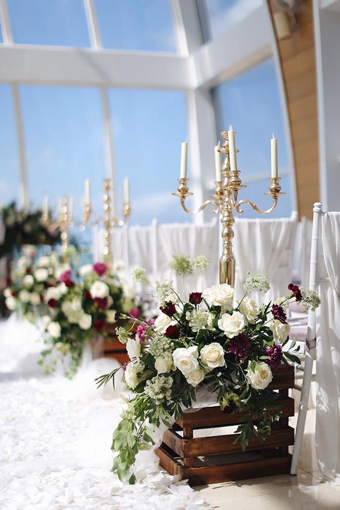 Bold burgundy by AiLuoSi Wedding & Event Design Studio - 014