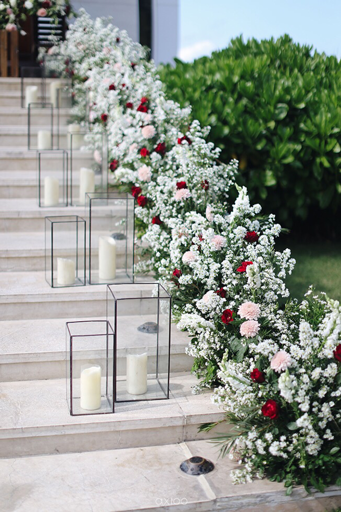 Bold burgundy by AiLuoSi Wedding & Event Design Studio - 019