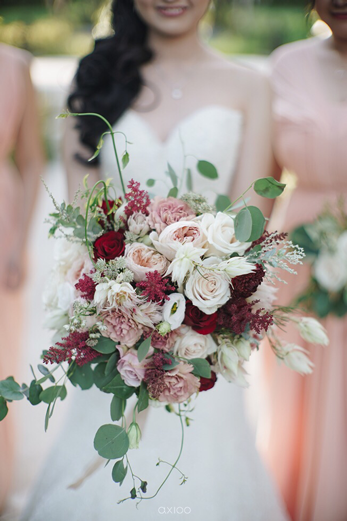 Bold burgundy by AiLuoSi Wedding & Event Design Studio - 024