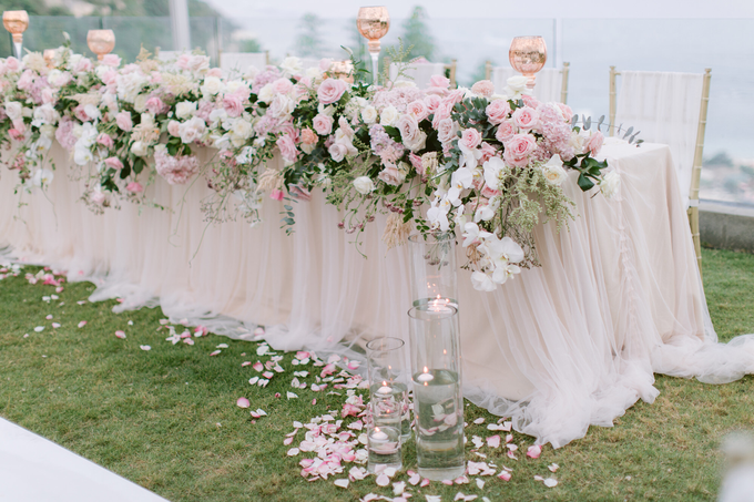 Simplicity of blush  by AiLuoSi Wedding & Event Design Studio - 001