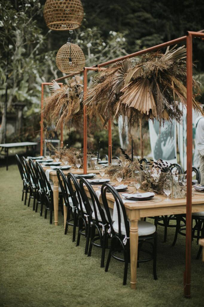 Earthy eclectic wedding  by Mandapa, a Ritz-Carlton Reserve - 001