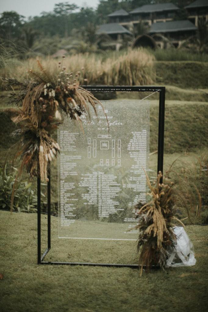 Earthy eclectic wedding  by Mandapa, a Ritz-Carlton Reserve - 003