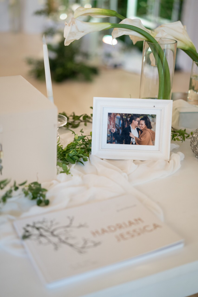 Simplicity of white and green  by AiLuoSi Wedding & Event Design Studio - 002