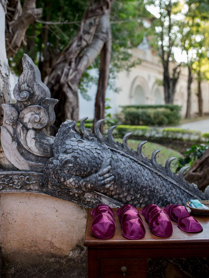Luxury wedding at the Dhara Dhevi, Chiang Mai by Wainwright Weddings - 019