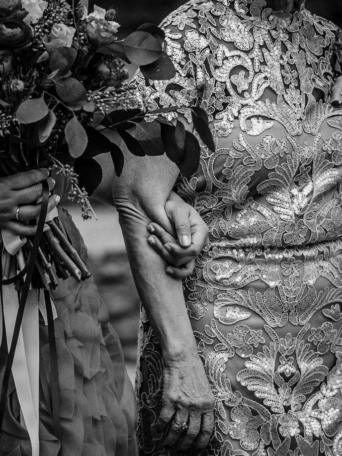 Luxury wedding at the Dhara Dhevi, Chiang Mai by Wainwright Weddings - 023