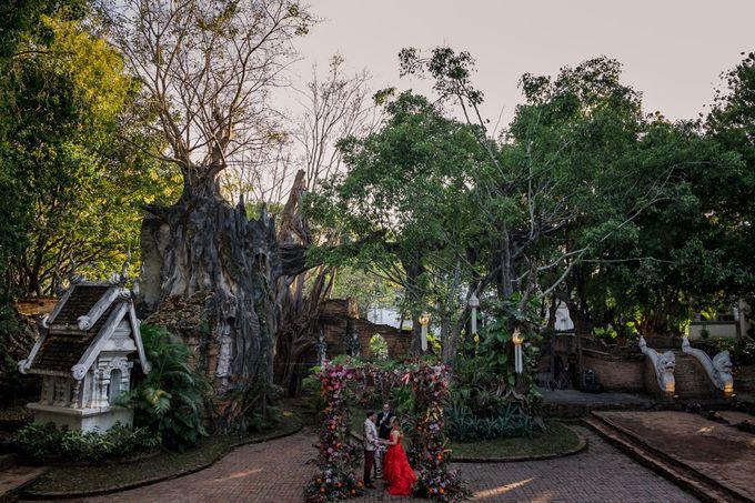 Luxury wedding at the Dhara Dhevi, Chiang Mai by Wainwright Weddings - 027