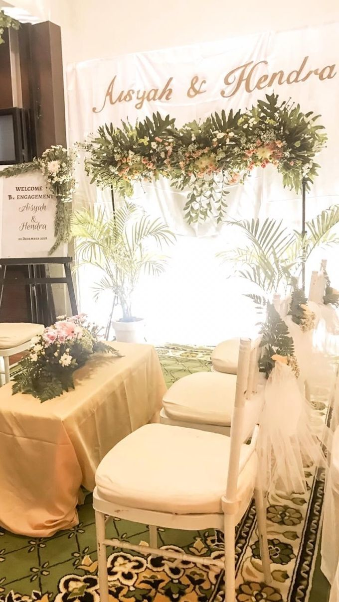 aisyah & hendra engagement day by Tanflorenza Florist & Decoration - 003