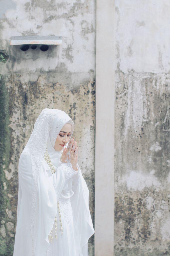 Intimate Akad Nikah Syar'i - Nimas by LAKSMI - Kebaya Muslimah & Islamic Bride - 001