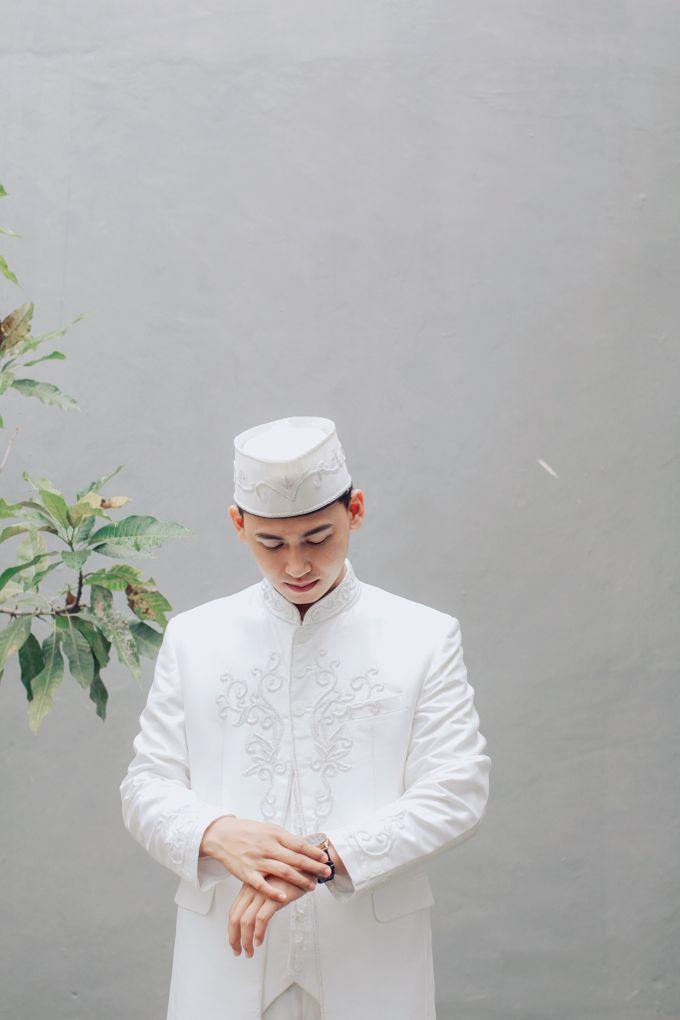 Intimate Akad Nikah Syar'i - Nimas by LAKSMI - Kebaya Muslimah & Islamic Bride - 003