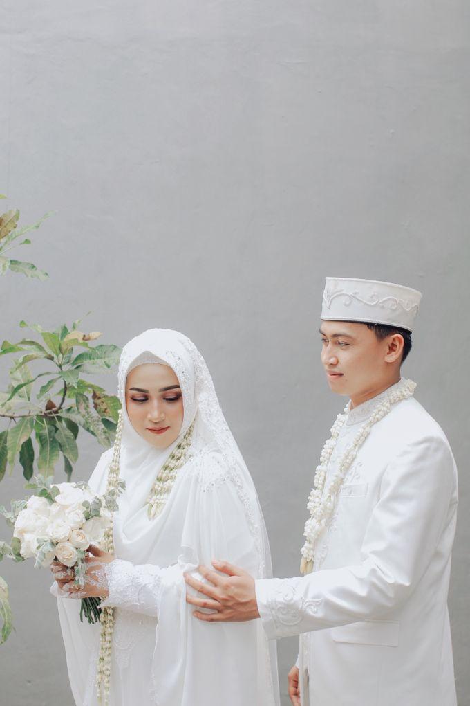 Intimate Akad Nikah Syar'i - Nimas by LAKSMI - Kebaya Muslimah & Islamic Bride - 006