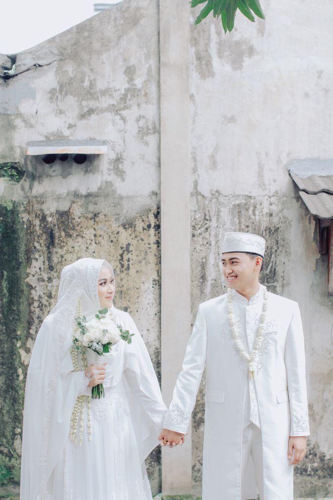 Intimate Akad Nikah Syar'i - Nimas by LAKSMI - Kebaya Muslimah & Islamic Bride - 008
