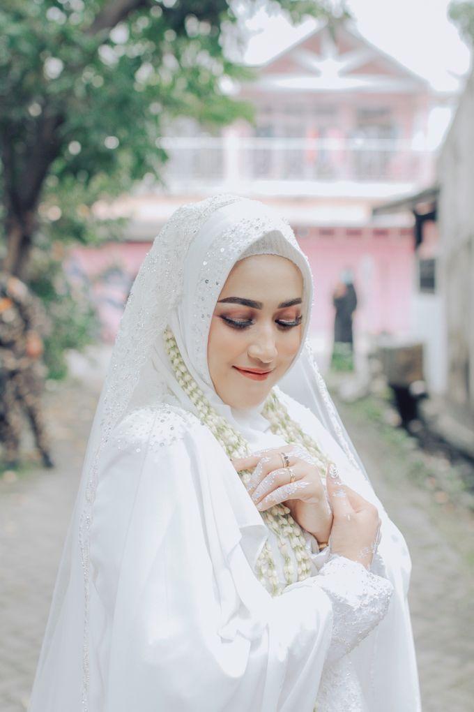 Intimate Akad Nikah Syar'i - Nimas by LAKSMI - Kebaya Muslimah & Islamic Bride - 005