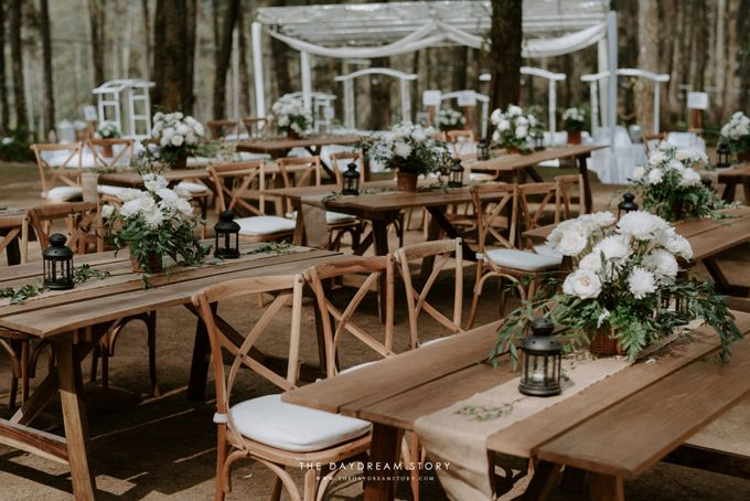 Sastri & Luthfan Wedding At Orchid Forest Lembang by Josh & Friends Entertainment - 016