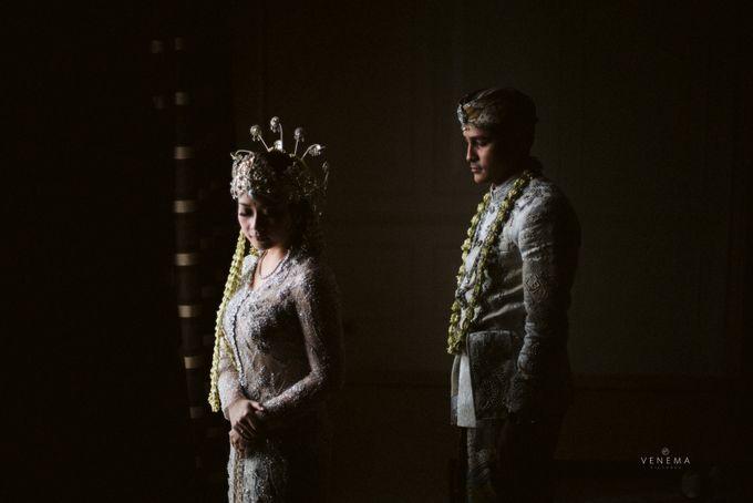 Arman & Alya Traditional Wedding Day by Verakebaya - 010