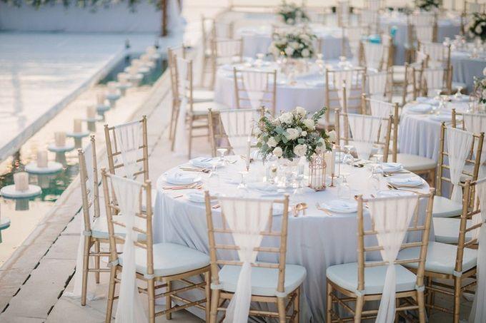 White Elegant Wedding Cliff by Bali Izatta Wedding Planner & Wedding Florist Decorator - 015