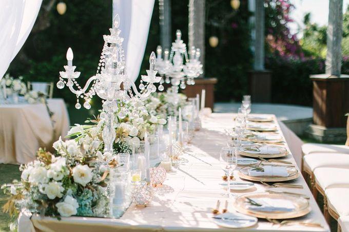 White & Gold Dinner Decoration at Asmara Gazebo by Bali Izatta Wedding Planner & Wedding Florist Decorator - 003