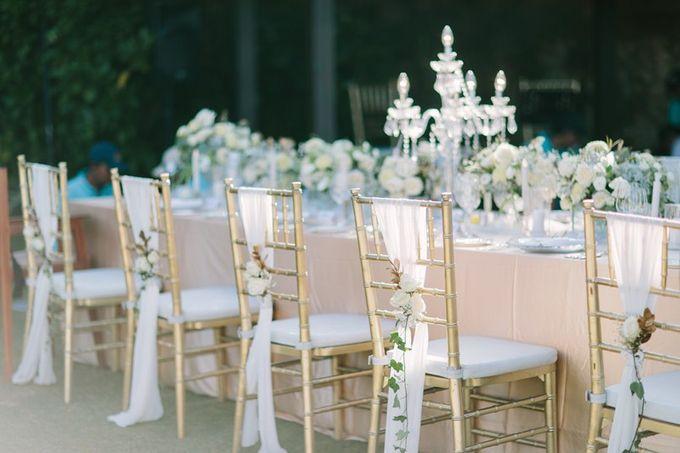White & Gold Dinner Decoration at Asmara Gazebo by Bali Izatta Wedding Planner & Wedding Florist Decorator - 006