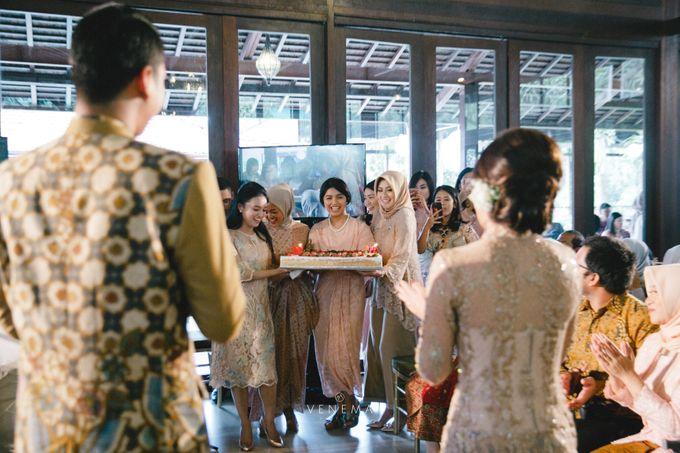 Dana & Brena Engagement by Akuwedding - 013