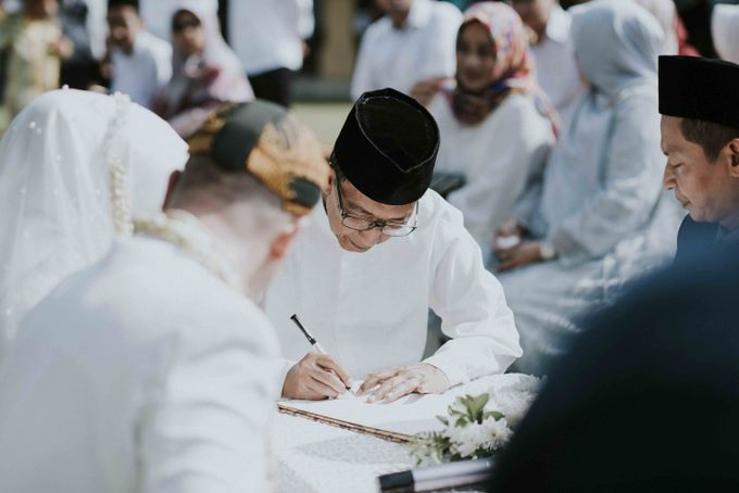 Intan & Rado's Wedding by akar photography - 002