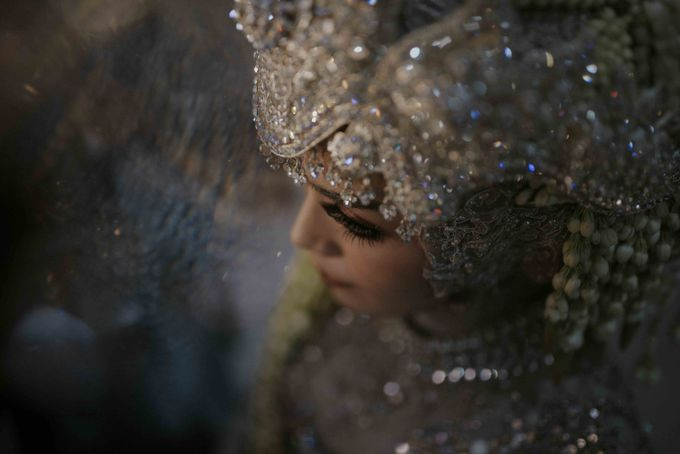 Farah & Andika's Wedding by akar photography - 017